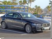 В Jaguar решили поиграть с электричеством