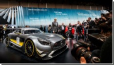 Mercedes показал новый гоночный суперкар