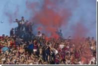 Аргентинский футбольный фанат погиб после падения с трибуны