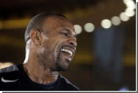 Рой Джонс выиграл второй бой за месяц