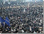"""Грузинская оппозиция грозит устроить """"розовую контрреволюцию"""""""