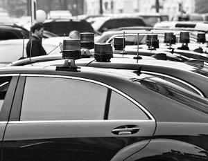 Чиновников решено пересадить на отечественные автомобили
