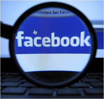 """Математик вычислил """"траекторию жизни"""" по Facebook'у"""