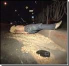 Водитель мотороллера убился об бордюр. Фото