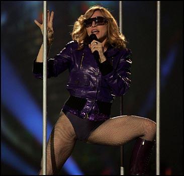 Мадонна снова в лидерах!