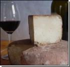 Рейтинг запретных деликатесов: иглобрюх, фуа-гра и червивый сыр. Фото