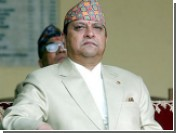 Бывший король Непала получил предписание покинуть дворец