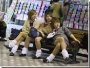 Японских школьников хотят отключить от мобильного интернета