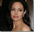 Джоли пыталась покончить с собой в ванной