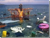 Остров выброшенных бутылок / Мировая свалка в океане уже вдвое больше, чем штат Техас!