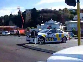 Новозеландский убийца полицейского найден мертвым