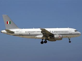 Самолет со спикером Сената Италии экстренно сел во Внуково