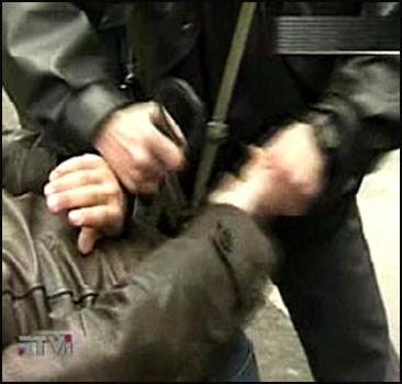 Бандит нанимал гастарбайтеров для грабежей