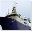 Боевики захватили судно с иностранцами