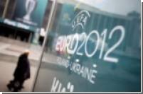 Евро-2012 явно не дает покоя «лебедушкам» из FEMEN