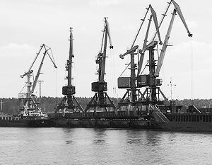 Евродепутатам мешает новейший российский порт