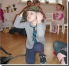 """В детском саду  """"урок патриотизма"""" провели люди в форме Waffen SS. Фото"""
