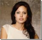 Анджелина Джоли готовится к новой операции – удалению яичников