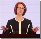 В премьер-министра Австралии запустили сэндвичем. Фото, видео