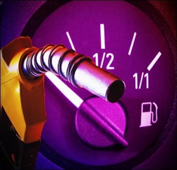 """Бензин подорожает: """"Укравтодор"""" предлагает увеличить акциз на нефтепродукты в два раза"""