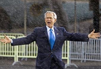 Индейцы фотографировались с Джорджем Бушем за 100000 долларов