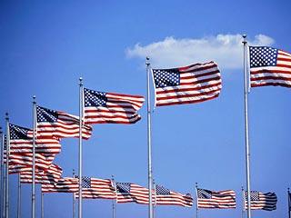 Популярность США в мире резко упала
