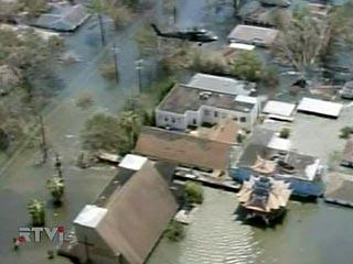 В США после ураганов Katrina и Rita мошенникам было выплачено более миллиарда долларов