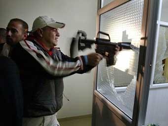 Движение ФАТХ готовит 4000 боевиков для борьбы с ХАМАСом
