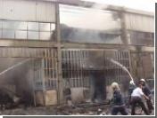 В Стамбуле горит фабрика косметики, гремят взрывы