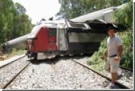 При столкновении электрички с грузовиком погибли пятеро израильтян