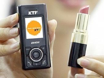 KTF продемонстрировала сверхкомпактный мобильник для девушек