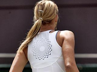 Шарапова предстала перед зрителями Уимблдонского турнира в новом наряде