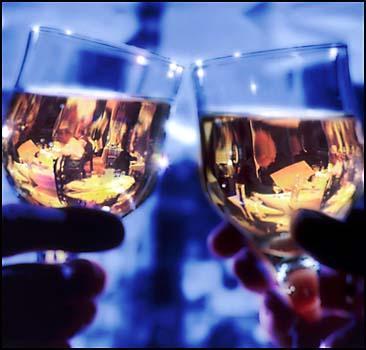 От глухоты, инфарктов и ожирения спасет алкоголь