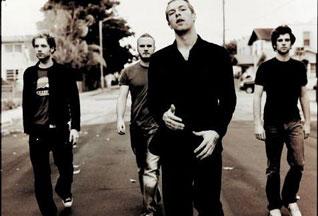 Coldplay впервые возглавили американский чарт