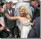 Тина Кароль на своей свадьбе пела и меняла платья. Фото