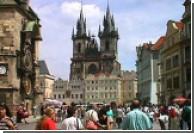Митинг учителей прошел в Праге