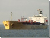 Побывавший в плену танкер сумел отбиться от пиратов
