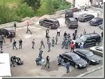 Трем участникам драки с полицией в общежитии предъявили обвинения