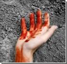 Неизвестные избили парня до полусмерти, сломали пальцы и изнасиловали палкой