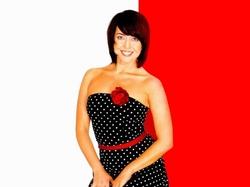 Жанна Фриске сменила имидж, но по прежнему носит откровенные наряды (фото)