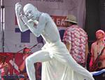 В Крыму откроют уличный музей. Питерские скульпторы уже изваяли несколько скульптур
