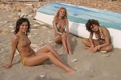 """Летние горячие фото """"Фабрики"""" на пляже"""