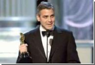 Клуни променял Содерберга на Хеслова