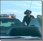 В США орудует полицейский насильник