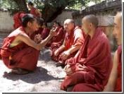В тибетских монастырях молятся за победу Италии