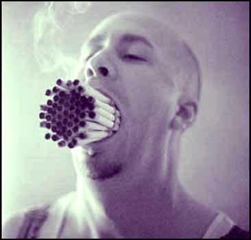 Англичанам запретили курить. Страна спасает народ