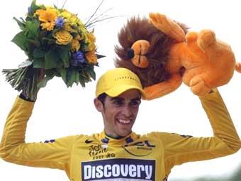 "Испанец Контадор выиграл ""Тур де Франс"""