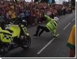 Британский полицейский встретил Олимпиаду танцем