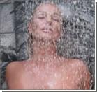 Волочкова спрятала грудь под мокрой майкой. ФОТО