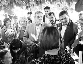 Ростовский губернатор просит помочь с размещением беженцев